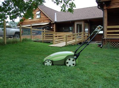 Neuton lawn mower